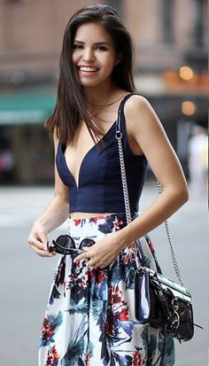 Broad city: 3 Ways to dress broad shoulders | feature fashion daily curvy picture