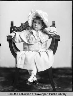 Cool Chairs, Vintage Children, Vintage Photos, Public, Collections, History, Antiques, Digital, Girls