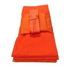 รีบเป็นเจ้าของ  ผ้าไตร จีวร ผ้ามัสลิน 5 ขันธ์ ครบชุด 1.9x2.8 ม. (สีเหลืองทอง)  ราคาเพียง  2,300 บาท  เท่านั้น คุณสมบัติ มีดังนี้ เนื้อผ้ามัสลิน สีเหลืองทอง สวมใส่สบายเนื้อไม่หยาบ ระบายอากาศได้ดีแม้อากาศร้อน แห้งไวแม้ตากในที่ร่ม ผ้าไม่หดตัว