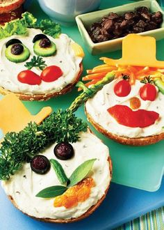 Bagel Smiles Recipe ¼ cup Hidden Valley® Original Ranch® Dressing ( Dressing)¼ cup cream cheese (whipped cream cheese)vegetables (various vegetables)bagels Bagel Dip, Breakfast Bagel, All You Need Is, Summer Kids Snacks, Whole Wheat Bagel, Pea Salad Recipes, Lunch Catering, Food Humor, Yummy Appetizers