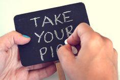 Julie Ann Art: DIY Chalkboard Sign