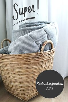 Super basket, love the bedspread as well.