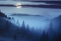 Ontdek welke engel bij jouw sterrenbeeld hoort - Inspirerend Leven Mountains, Nature, Travel, Planets, Naturaleza, Viajes, Destinations, Traveling, Trips