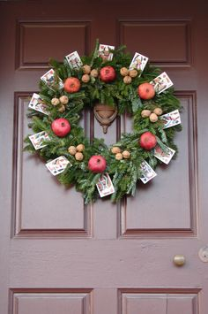 CHRISTMAS WREATH IDEAS | ... Christmas Decorations   Photos Of Colonial  Wreaths And Swags