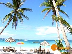 The white sand beaches of Boracay in the Philippines. Visit Philippines, Boracay Philippines, Philippines Beaches, Philippines Travel, Vietnam Voyage, Vietnam Travel, Best Places To Travel, Cool Places To Visit, Laos