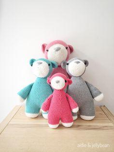 Amigurumi bear family :) #amigurumi #amigurumibears #aidieandjellybean