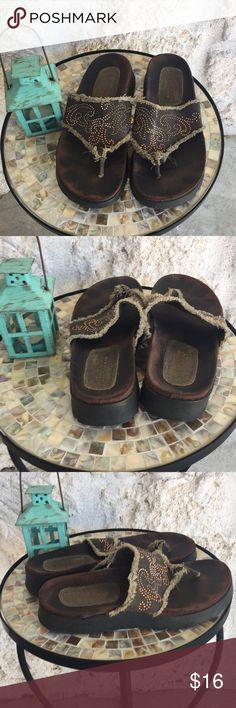 Sketchers brown w/ embellished top sandals/slides Super cute for summer's casual wear! Sketchers sandals / slides, brown top with copper and gold embellished tops. GUC see pix for wear. ✅I ship same or next day ✅Bundle for discount Skechers Shoes Sandals