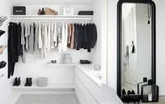 Teen Girl Bedrooms - styling tips. For more smart teenage girl bedroom styling designs please push the link for the post idea 8658826081 at once. Teenage Girl Bedrooms, Teenage Room, Girls Bedroom, Teen Room Decor, Bedroom Decor, My New Room, My Room, Mini Dressing, Garderobe Design