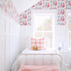 Big Girl Room With Floral Wallpaper Accent Pink Bedroom Design, Bedroom  Designs, Pink Bedrooms