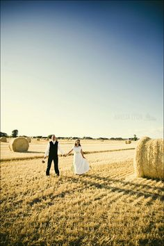 Western Wedding Ideas, photos out in the field with round bales.