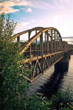 Beautiful Bridge   ..rh