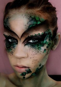 Makeup Ideas For Halloween, Fairy Makeup Ideas, Fantasy Makeup Ideas, Costume Ma… Maquillaje Halloween, Halloween Face Makeup, Facepaint Halloween, Dragon Makeup, Halloween Karneval, Fantasy Make Up, Dark Fantasy Makeup, Dark Fairy Makeup, Fantasy Hair