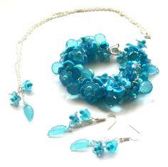 Sky blue Floral Jewelry Set Cluster Bracelet by beadingshaz, £25.00