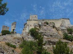 Château de Boulbon 13 Rhone, Provence, Mount Rushmore, France, Mountains, Nature, Travel, 15th Century, Naturaleza