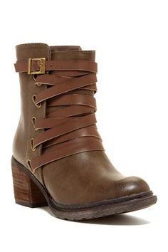 Bucco Annata Strappy Boot