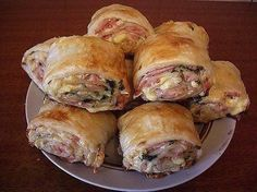 Strudel with ham and cheese Slovak Recipes, Czech Recipes, Russian Recipes, Ethnic Recipes, Cheese Recipes, Seafood Recipes, Dinner Recipes, Food Network Recipes, Cooking Recipes