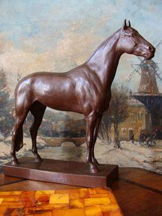 Cadinen Hengst Skulptur Pferd Hussmann Ostpreußen Kaiser Wilhelm II. Majolika