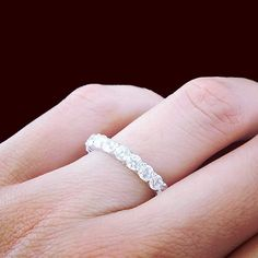 Another view of the 2 carat eternity ring. This is great with every outfit. 🌺💎💍
