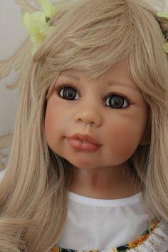 Monika Levenig doll