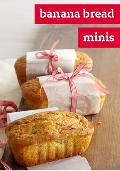 Banana Bread Minis – What's better than a recipe for one moist, flavorful banana bread? A recipe that makes five mini banana breads that you can share as gifts.