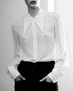 Love that super long and pointy collar! - ALASDAIR NY photograph by Andrew Pope Sheer White Shirt, White Shirts, Collar Designs, Shirt Designs, Sheer Clothing, Fashion Details, Fashion Design, Black White Fashion, Minimal Fashion