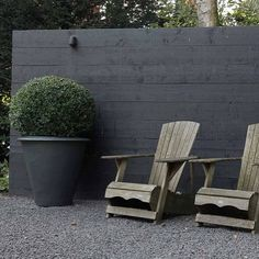 Fence As Art. By @tuinarchitect #littleblackfence