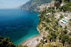 Le 15 spiagge più belle d'Italia dove fare un bagno almeno una volta nella vita (FOTO)