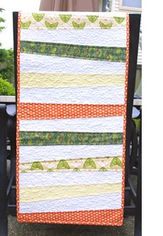 What can you do with a fat quarter?  Fat quarter table runner.