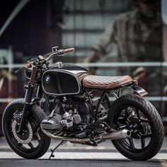 35 bmw cafe racer photography ideas - We Otomotive Info Bmw R100 Scrambler, Motos Bmw, Bmw Motorbikes, Bmw Motorcycles, Custom Motorcycles, Custom Bikes, Bmw Cafe Racer, Custom Cafe Racer, Vintage Cafe Racer