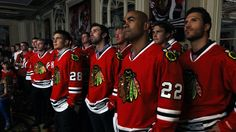 Image from http://2.cdn.nhle.com/blackhawks/images/upload/gallery/2012/07/players-watch_slide.jpg.