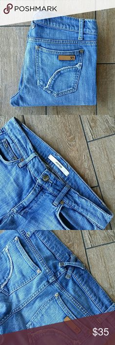 """JOE'S PROVOCATEUR JEANS Provocateur cut jeans Light rinse blue """"Coppola"""" color 8.25"""" leg opening at bottom No rips, stains or holes Smoke free home Joe's Jeans Jeans"""