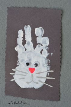 An Easter bunny - painting with a footprint - child baby leisure - An idea of painting with the imprint of the hand, ideal for baby& first activities and - Toddler Crafts Valentines Day, Spring Toddler Crafts, Easter Crafts For Toddlers, Easter Activities, Valentine Crafts, Spring Crafts, Daycare Crafts, Preschool Crafts, Crafts For 2 Year Olds