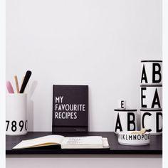 Rezeptbuch My favorite recipes Arne Jacobsen, Lettering Design, Design Letters, Nordic Design, Designer, Favorite Recipes, Mini, Style, Vintage Typography