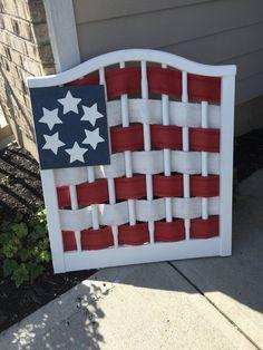 folk art flag crafts patriotic decor ideas seasonal holiday decor - June 08 2019 at Patriotic Crafts, July Crafts, Holiday Crafts, Holiday Decor, Decor Crafts, Wood Crafts, Diy And Crafts, Old Cribs, Diy Crib