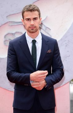 "Theo James at the ""Divergent"" European Premiere. Styled by Ilaria Urbinati."