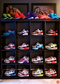 Ward 1 Shoebicle™ New Organization of the Nike Air Max 90 Shoe...my kinda shoe display