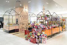 3月2日にリニューアルオープンした、うめだ阪急本店の3階、モードなファッションフロアの真ん中に位置するマルニ・フラワー・カフェ(MARNI FLOWER CAFE)