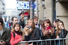 Paris : Le groupe Muse en dédicaces pour la sortie de son nouvel album - Culture - via Citizenside France. Copyright : Christophe BONNET - Agence73Bis