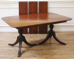 REDUCEDVintage Mahogany Duncan Phyfe Extending Dining Table