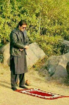 Imran Khan Pakistan, Pakistan Zindabad, Imran Khan Wedding, Imran Khan Cricketer, Reham Khan, History Of India, Islam Hadith, Great Leaders, Prime Minister