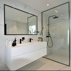 Most Popular Small Bathroom Remodel Ideas on a Budget in 2018 This beautiful look was created with c… Beliebteste kleine Badezimmer-Umbauideen mit kleinem Budget im Jahr 2018 Dieser schöne Look wurde mit … Bathroom Renos, Bathroom Renovations, Bathroom Faucets, Bathroom Ideas, Bathroom Storage, Bathroom Designs, Marble Bathrooms, Remodel Bathroom, Budget Bathroom