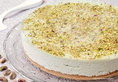 La cheesecake al pistacchio è una delle mie cheesecake preferite in assoluto. E' facilissima e veloce da preparare e non necessita di cottura, è deliziosa!!