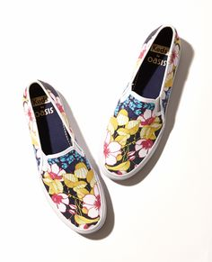 Jetting off? Make sure you pack the Jetsetter with you! #PerfectlyPaired http://www.oasis-stores.com/keds-floral-skater/holiday-shop/oasis/fcp-product/6700014100