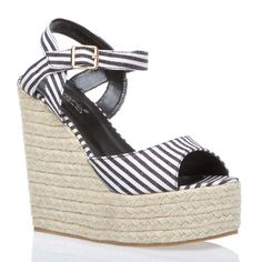 www.shoedazzle.com Darclee **ONLY $31.96 Comes in Green and Yellow as well!