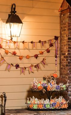 Falling In Love cookie display. Perfect favor for fall weddings.  Photo by Snap Happy Décor by Southern Event Planners