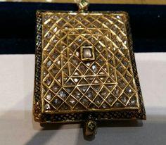Jadau pendant