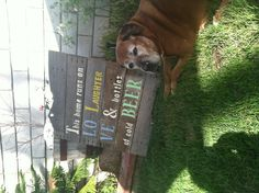 """DIY sign from recycled wood. I would change """"cold beer"""" to """"The Lord"""" Cute Signs, Diy Signs, Crafty Projects, Diy Projects To Try, Wood Crafts, Diy Crafts, Sign Sayings, Drink Beer, Beer Signs"""
