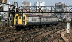 BR 4VEP EMU 7842, Clapham Junction, 26th. August 1981. Electric Locomotive, Diesel Locomotive, Uk Rail, Electric Train, British Rail, Emu, Britain, Past, Around The Worlds