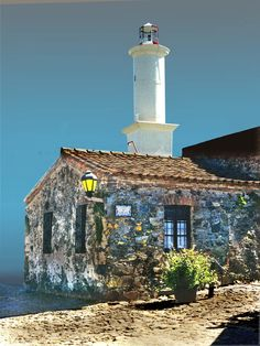 Old #lighthouse and older lantern http://www.roanokemyhomesweethome.com