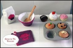 Muffin Baking Set - Felt Food | YouCanMakeThis.com